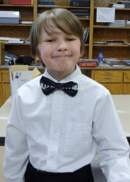 Look at that bowtie!