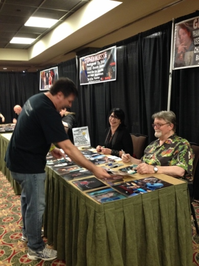 pic of Rik at horror convention...but no pic of my husband